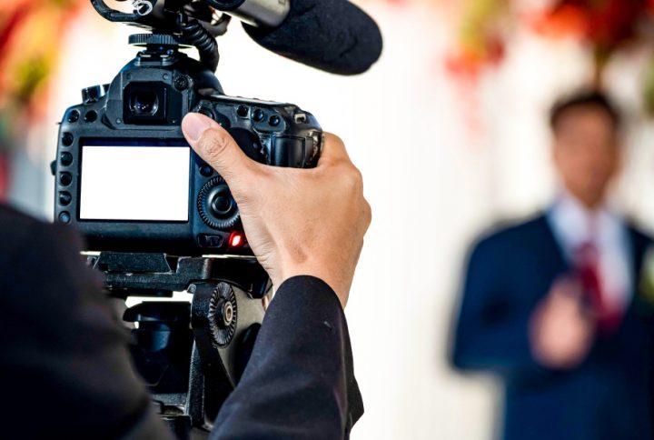 میکروفون برای ساخت فیلم آموزشی